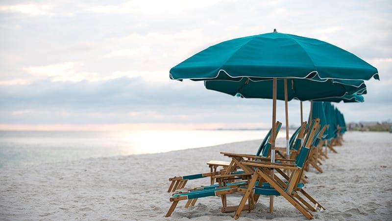 Beach Chair Rentals - The Beach Club Resort Gulf Shores Alabama