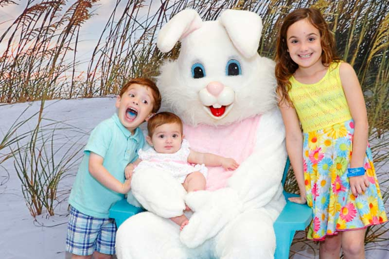 Picts with Easter Bunny
