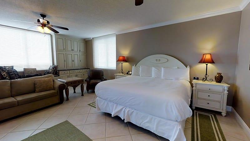 Master bedroom - The Beach Club Resort Gulf Shores Alabama